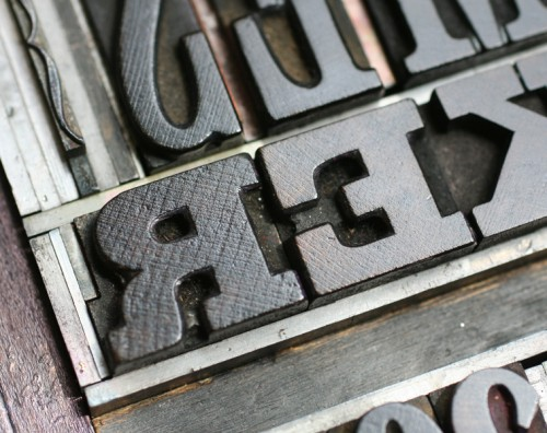 antique-wood-letterpress-type-in-chase