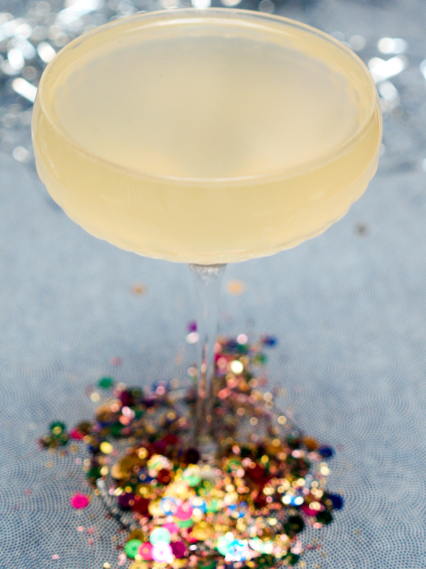 Friday Happy Hour: The French 75