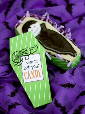 Halloween Party Invitations and Printables by Wants and Wishes via Oh So Beautiful Paper (8)