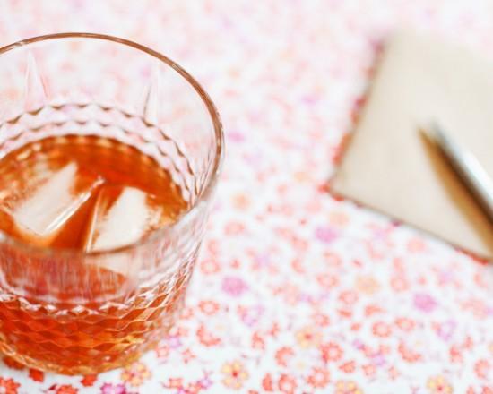 Signature Cocktail Recipe: The Manhattan via Oh So Beautiful Paper (5)