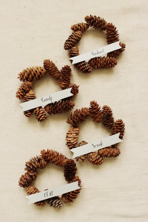DIY Mini Pinecone Wreath Placeholder 1