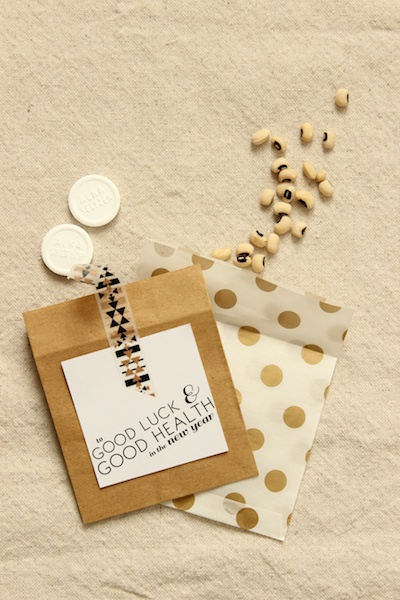DIY Tutorial: Cheeky New Year's Eve Party Favors + Printable Tags