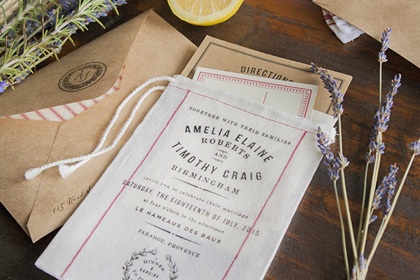 Muslin-Bag-Vintage-Grain-Sack-Wedding-Invitations-Lucky-Luxe10