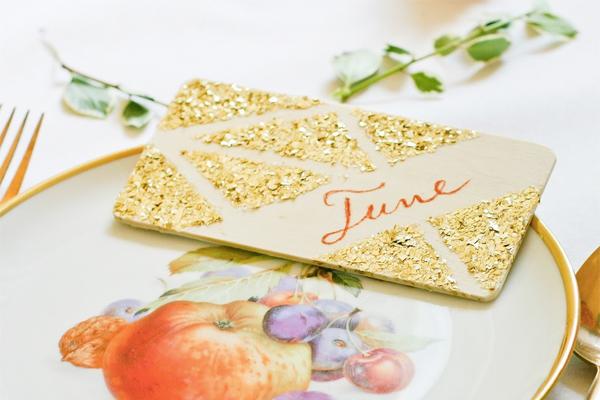 DIY-Glitter-Geometric-Place-Cards-Flax-Twine