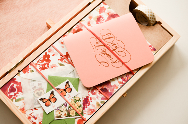 DIY Tutorial: Stationery Holiday Gift Box Set by Antiquaria for Oh So Beautiful Paper