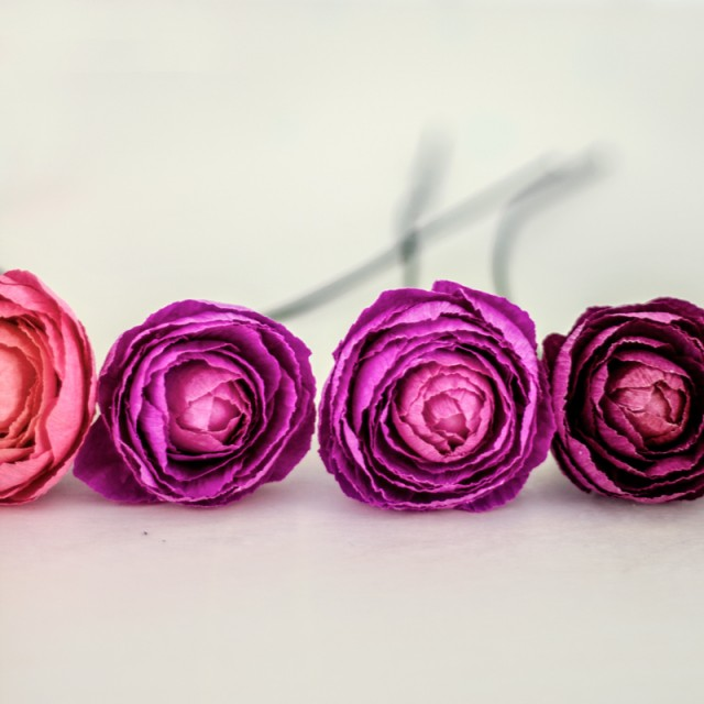 Fresh Cut Paper Flowers: Ranunculus / Appetite Paper for Oh So Beautiful Paper