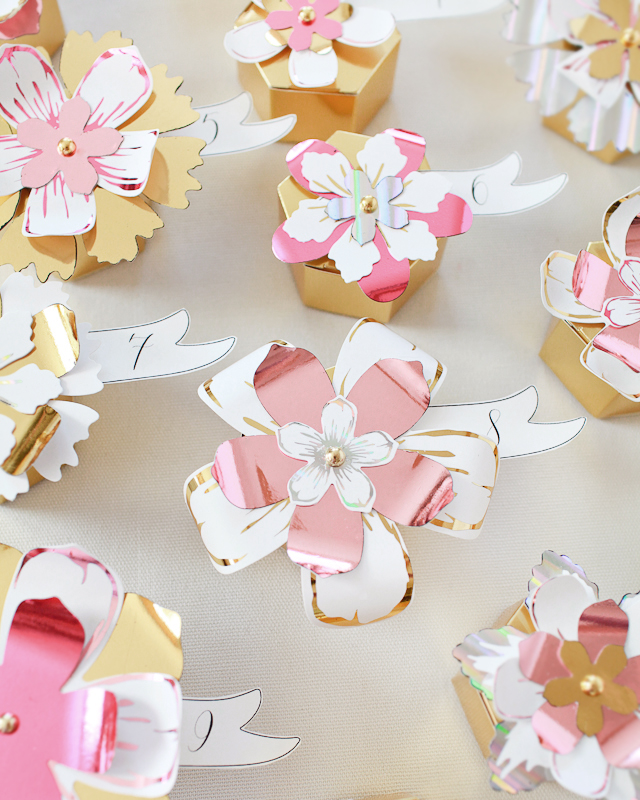DIY Paper Flower Advent Calendar / Oh So Beautiful Paper