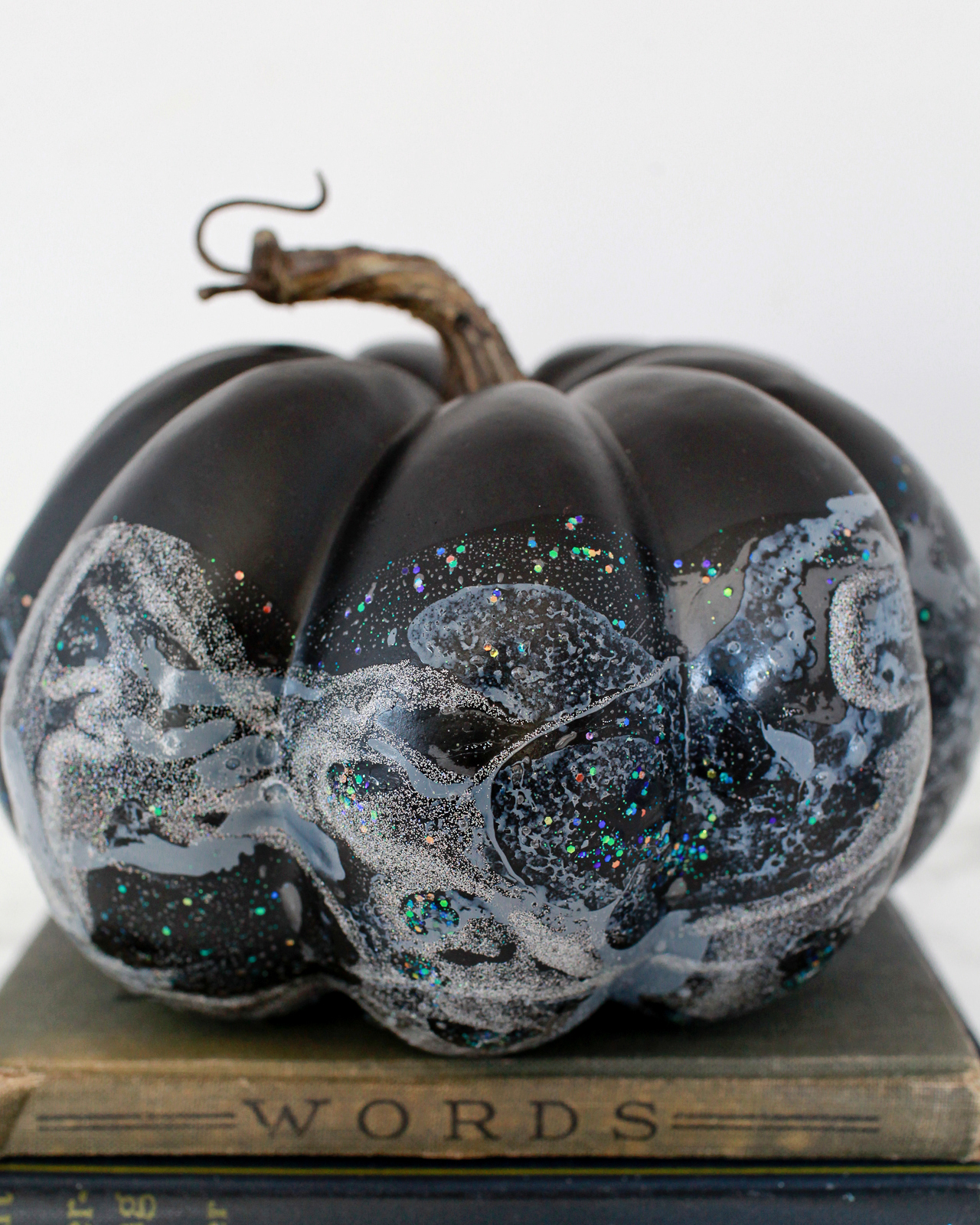 DIY Iridescent Pumpkins for Halloween!