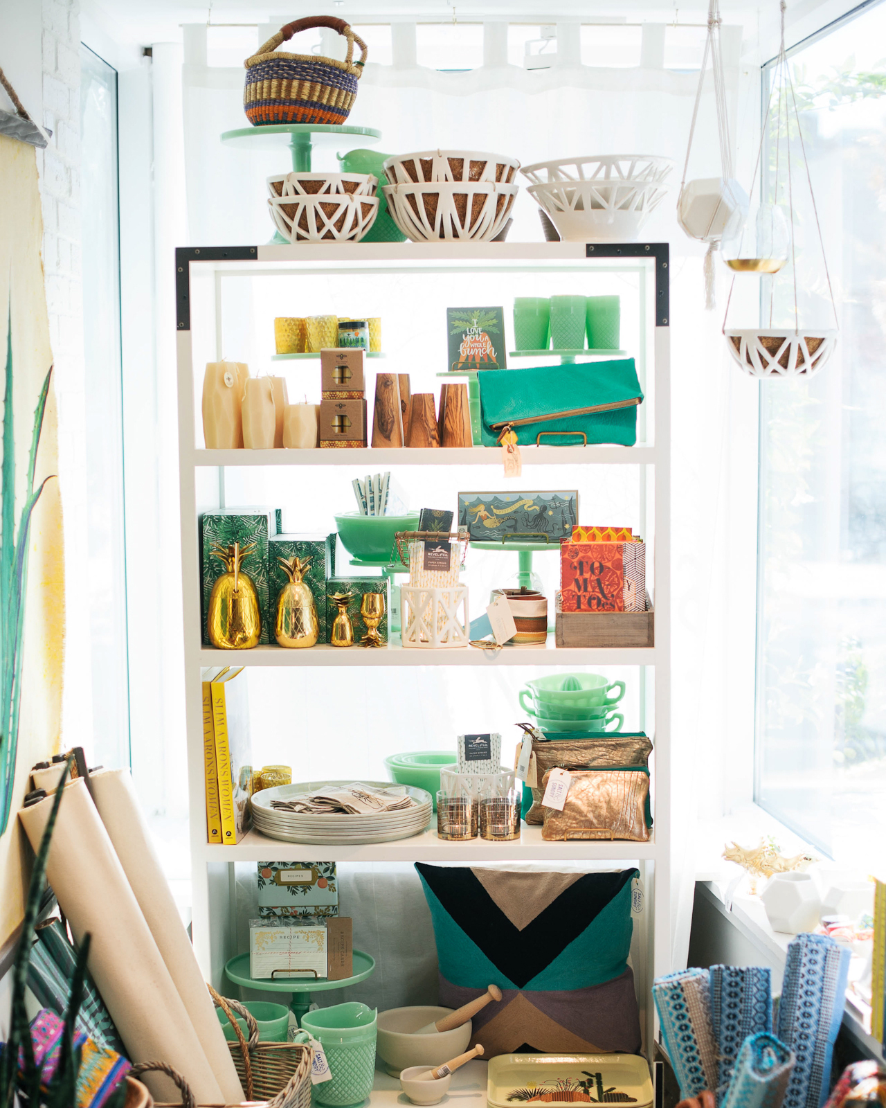 Where to Shop in Washington, DC: Salt and Sundry / Photo by Rachel Lyn Photography for Oh So Beautiful Paper