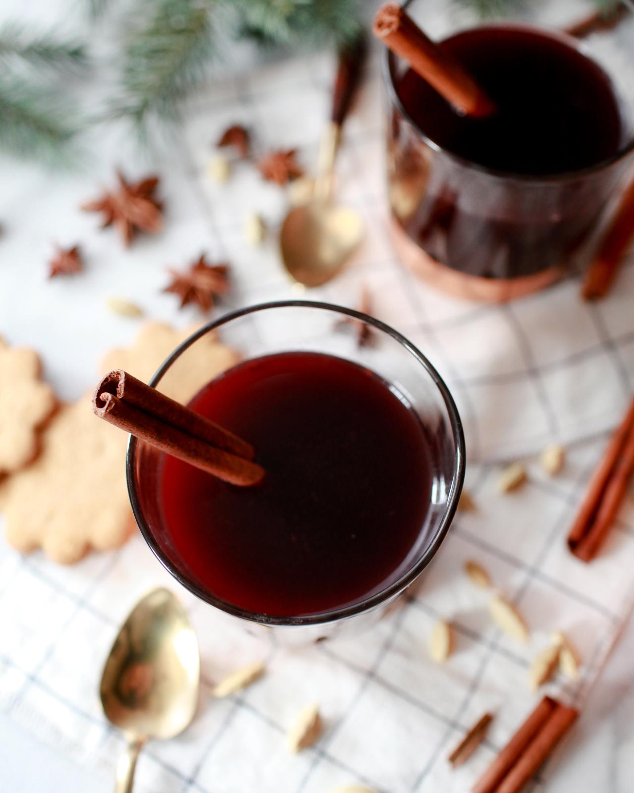 Glošgg Recipe / Hygge Cocktail Ideas