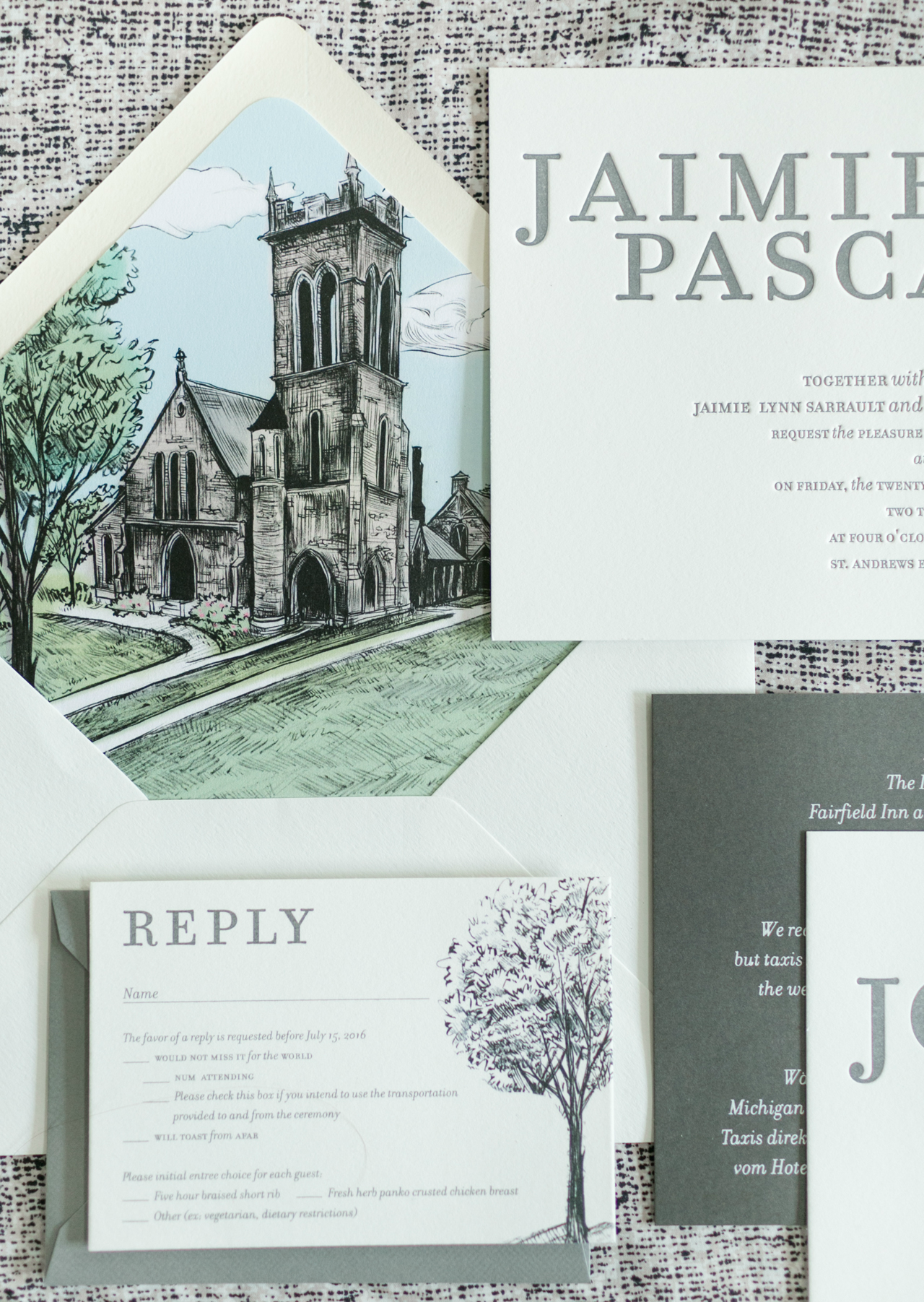 Bilingual Wedding Invitations with a Beautiful Illustrated Envelope Liner by Atheneum Creative