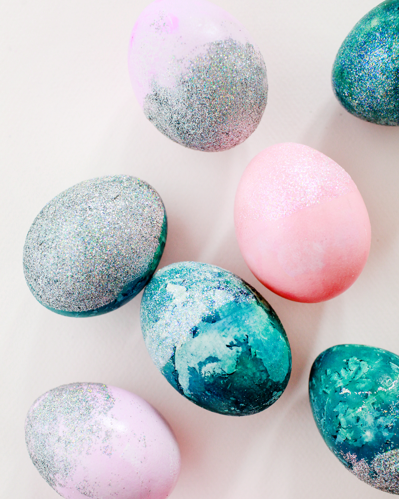 DIY Hologram Glitter Dipped Easter Eggs