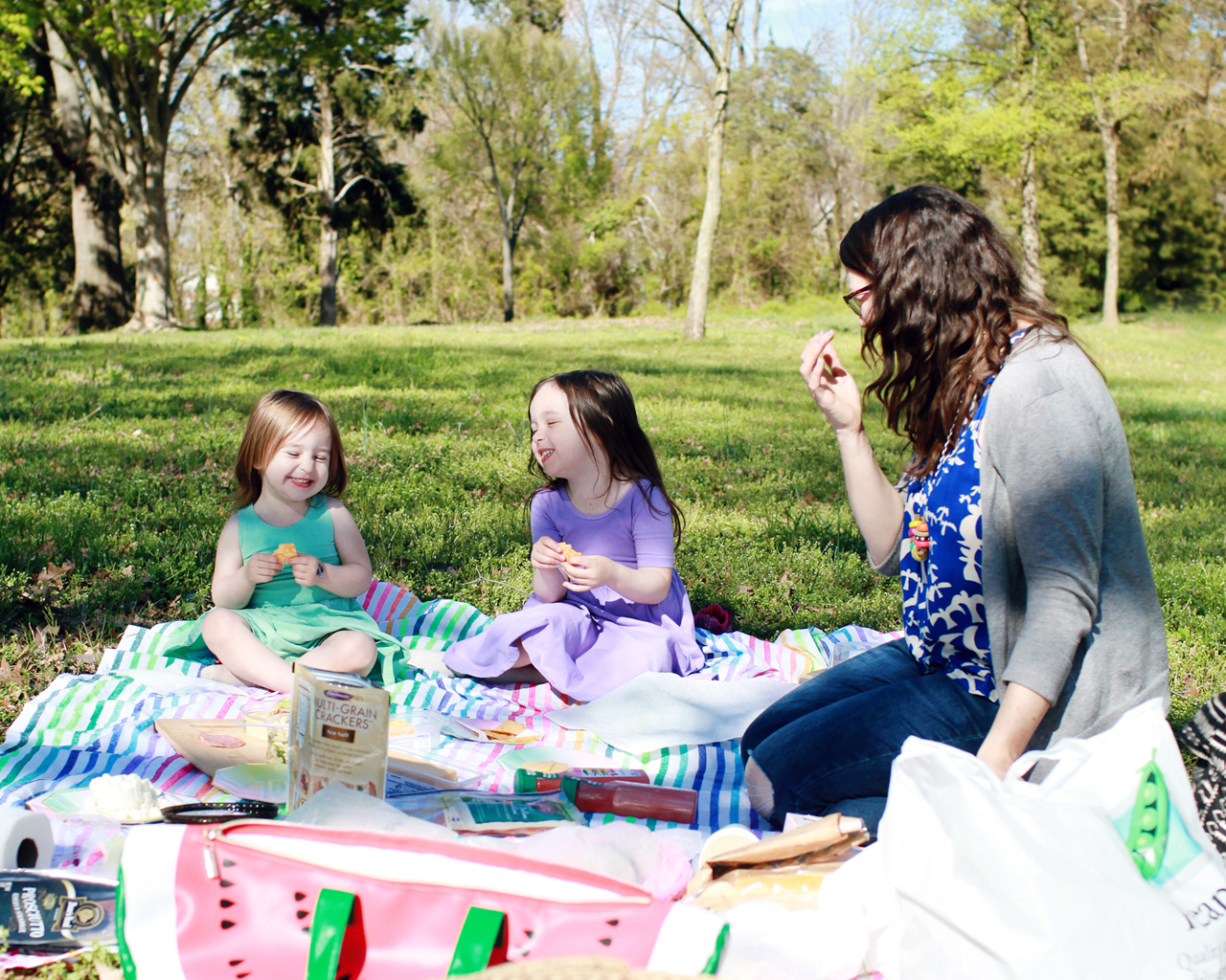 A Spring Picnic with Peapod