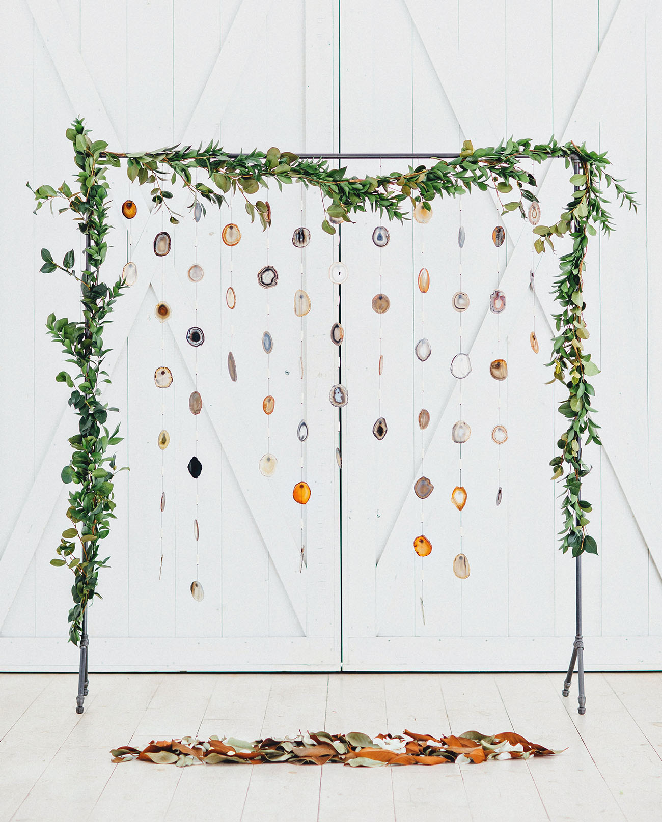 Wedding Stationery Inspiration: Photo Booth Backdrop / Oh So Beautiful Paper