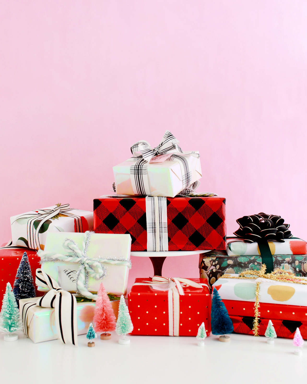 Beautiful Holiday Gift Wrap Pairings