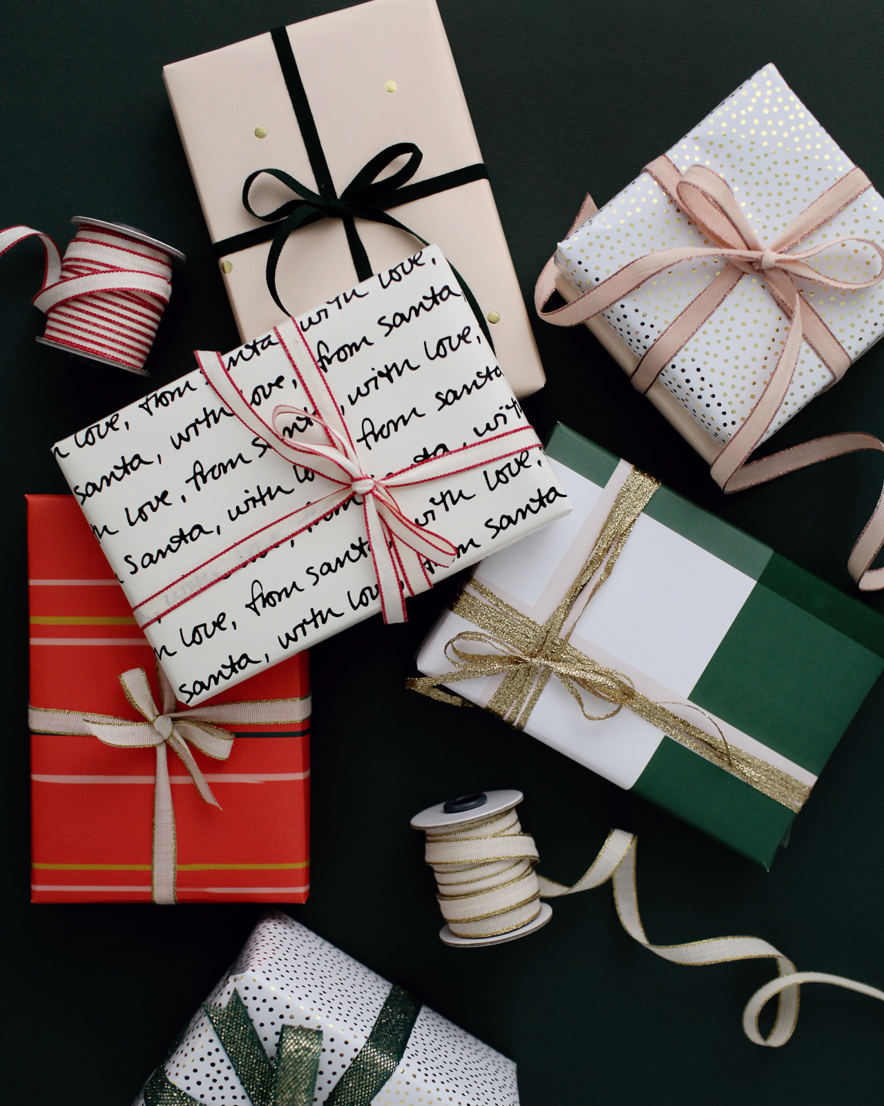 Green And Neutral Holiday Gift Wrap Inspiration