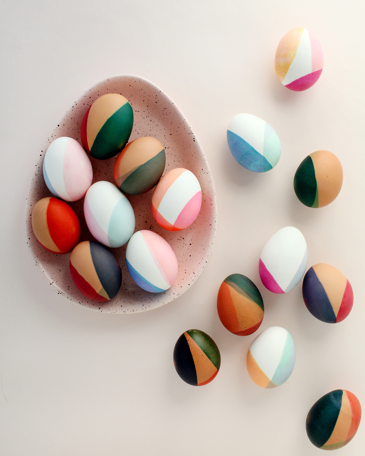 DIY Modern Color Blocked Easter Eggs