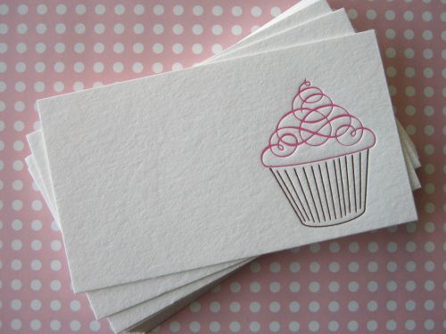 cupcakes and flourishes